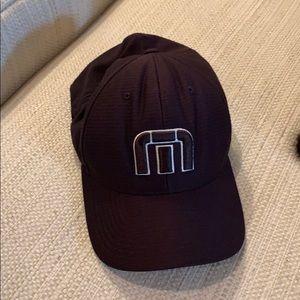 Travis Matthew flexfit hat